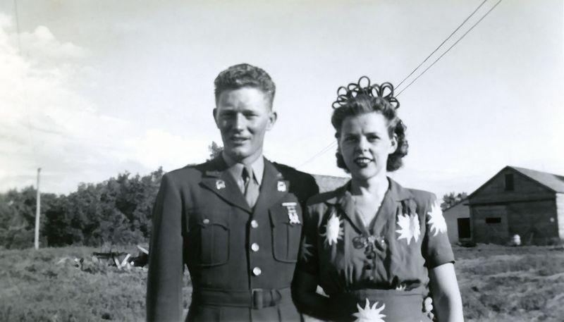 1943_8